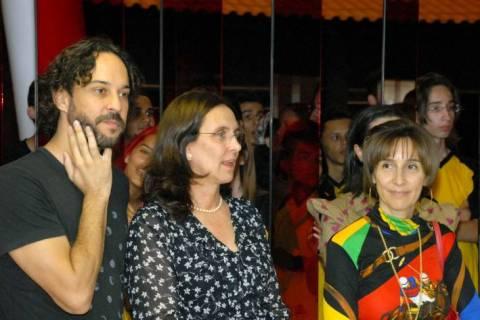 Andrea Neves apresenta projetos sociais a Viviane Senna